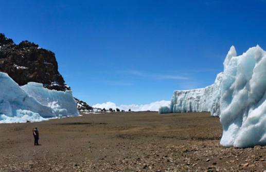Lindsey Starc-Furtwängler Glacier, Mount Kilimanjaro, Tanzania